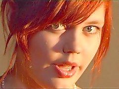 3 Beauté rousse étudiant chantera pour Cycle d'Uruguay duckling 3
