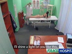 FakeHospital Patient ıslak kedi incelenir istediği