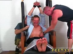 Garçons gay sexy jambes nues Gordon Bound & Tickle d