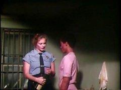 Fétiche Lesbienne - Prison Vintage