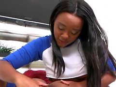 Zwei schwarze Mädchen schlug von geilen Freund