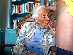 Perversen granny lover