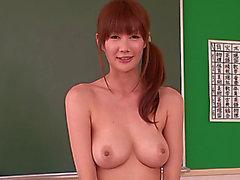 Glamorous Breasty Японские Дорогой Эрика Kirihara ввернутым 2 шомпол в госпитале