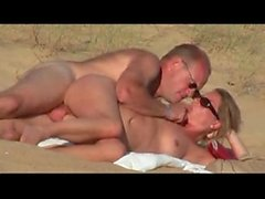 hidden vid of french woman fucking on beach - more on sexyhotcamgirls