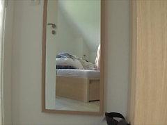 Спрыгивая с постели - Камера 1