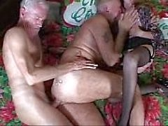 I Grand föräldrarnas borta vild sex knull orgier