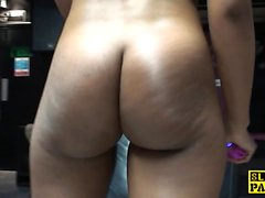 Black british pussyfingered and getting an orgasm