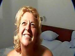 Ältere total Mütter Gets Fucked