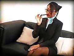 Cette secrétaire disposant de compétences spéciales