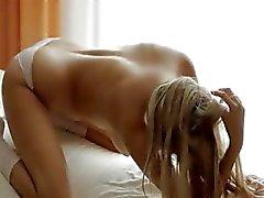 sexy solo Brunet vingeren kutje