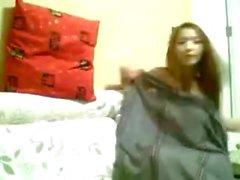 Kiinalainen tyttö on webbikamera 070