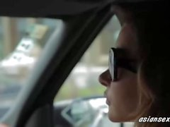 Sexy che bionda cazzo Ambassador nella sua limousine