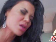 Jenna Presley is a sexpot