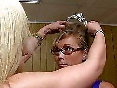 Vilt brottstycke drabbat på flickorna omklädningsrum