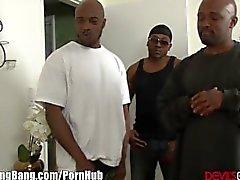 Eccitati di Redhead e la 3 ampie black cocks