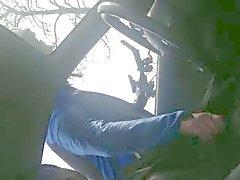 Wielrenner helpt geile man från Auto ellan handje