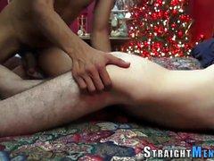 Hung straighty recebe puxão