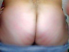 Muestro culo después de ducharme