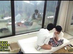 Mako Oda beleza asiática é um MILF quente em sexo do hardcore amador