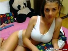 Indonesia ragazza con grandi tette in webcam