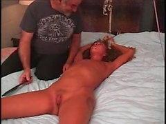 Kleine Titten Redhead hausgemachte BDSM & Spanking