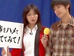 Putas asiático les encanta jugar durante la game show