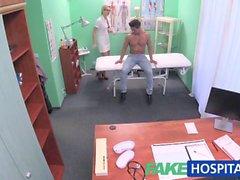 FakeHospital Hasta seksi bir bir tedavi alır