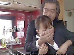 Nach ihrem Vater Schwieger erfährt von Waka Kano haben sie saugt