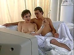 Su Móvil Langbroek - la escena topless del televisor de Australia ' más probable '