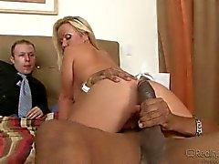 Mom's Cuckold #02 Austin Taylor
