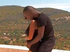 Африканский стиль медового месяца зрелище