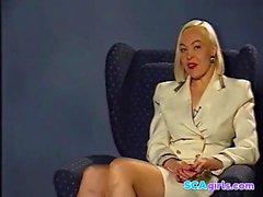Ylva-Maria presents dildotest