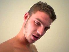 Stor kuk gay oralsex och cumshot