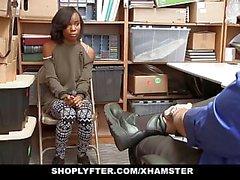 ShopLyfter - Cute Ebony Teen торгует сексом за свободу