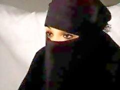Preto Burqa árabe muçulmano garota Nadia chupa Big Europa Ocidental republicano francês Penis