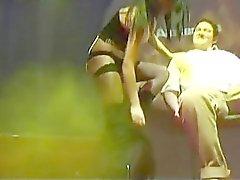 privaten Lap Dance zu öffentliche Bühne