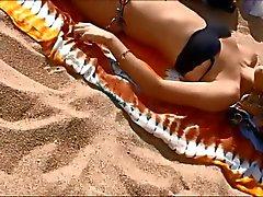 Adolescencia las tetas al aire jovenes sobre el Barcelona playa de españoles