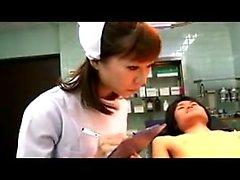Oriental, sujeito, tem, doutor, enfermeira, trabalhando, mãos