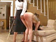 BDSM gootti tyttö selkäsauna