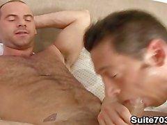 Ari Sylvio и Поясная Brooks должны гомосексуальные отношения
