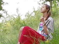 bielorusso Natasha nuovo alla natura