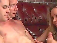 Grandpa un archivo MMF Heterosexual con adolescente joven