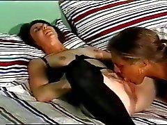 Einlieger loves bekommen ihre Arsch gefickt