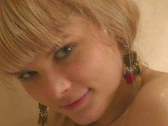 Ukrainalaisten Anna - käydä suihkussa