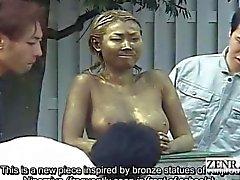 Alaotsikon yleisölle japanilainen puiston statue pila peitelty sukupuoleen