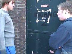 Дикие секс втроем Ибо голландского подросток в Holland