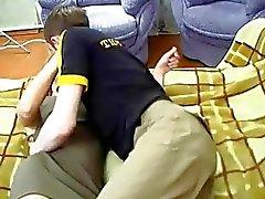 Clase de blonde Maduras follando con el muchacho del adolescentes
