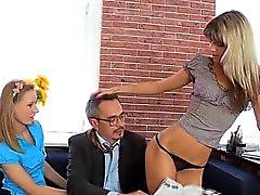 Öğretmen ile Seks sarılırım yatarım