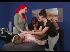 Massagem de quatro garotas