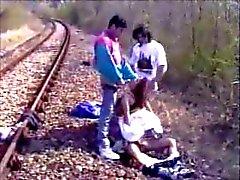 Gangbang ferroviario